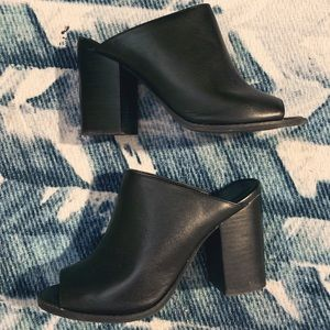 Silence and noise mules